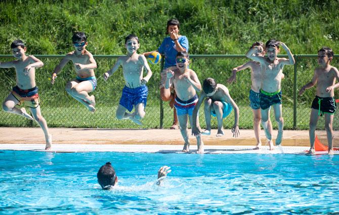 1 piscina semi-olímpica